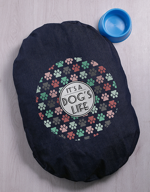 personalised: Dogs Life Denim Bed!