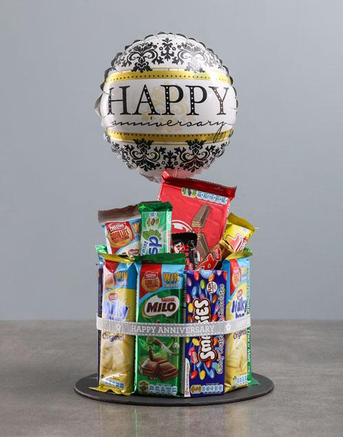 anniversary: Chocolate Anniversary Cake Surprise!