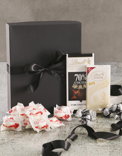 chocolate: Luxurious White And Black Chocolate Box!