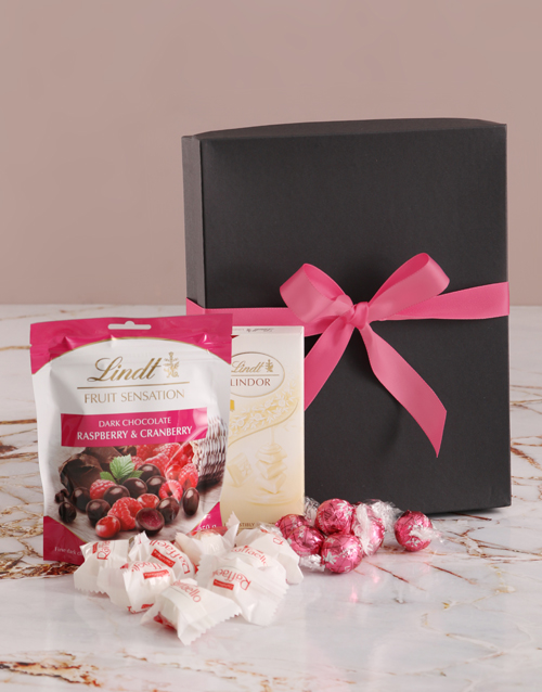 mothers-day: Pink And Black Chocolate Box!