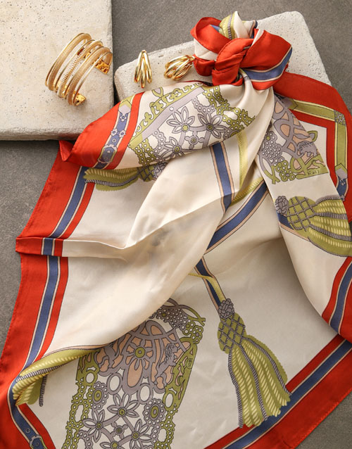 mothers-day: Chain Design Silk Scarf Combo!