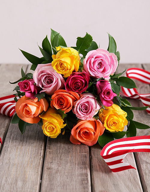 bouquets: Mixed Roses in Craft Paper!