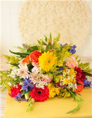 Picture of Mixed Bouquet of Bright Flowers!