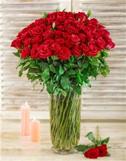 Picture of 100 Red Roses in a Tall Glass Vase!