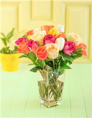 Picture of Vase of Mixed Roses!