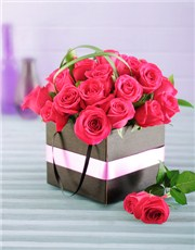 Picture of Cerise Roses in a Box!
