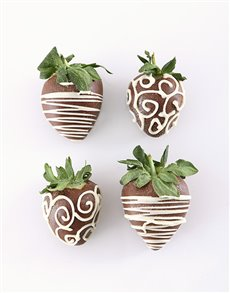 bakery: 4 Dipped Strawberries for Black Friday!