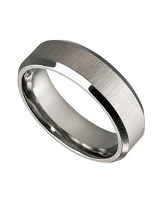 jewellery: Titanium Gents ring with bevelled edge!