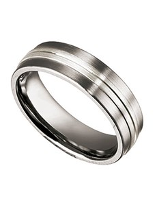 jewellery: Gents Titanium Ring with Silver Inlay!