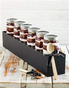 bakery: 6 Black Forest Cupcake Jars!