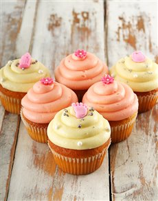 bakery: Baby Girl Cupcakes!