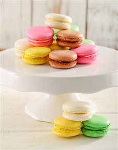 gifts: 16 Of The Best Macaroons!