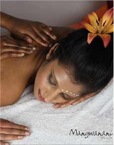 gifts: Mangwanani African Premier Full Day Spa!