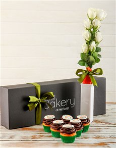 bakery: Sorry Cupcakes and Flowers Gift Box!