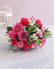 flowers: Mothers Day Striking Cerise Bouquet!