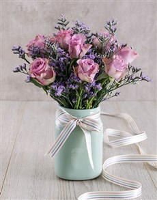 flowers: Royal Beauty in a Vase!