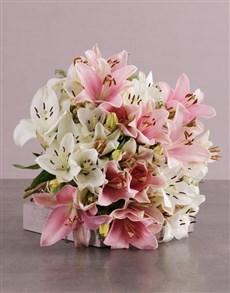 flowers: Peaceful Pastels Lily Bouquet!