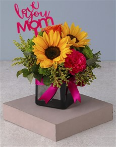 flowers: Mixed Mothers Day Striking Arrangement!