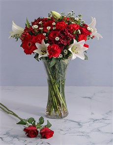 gifts: Mix of Red Flowers in a Glass Vase!