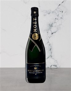 alcohol: Moet & Chandon Nectar Imperial 750Ml!