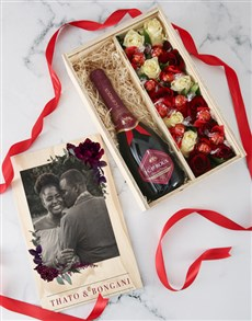flowers: Personalised Champagne and Roses Crate!