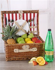 gifts: Fruit and Appletiser Picnic Basket!