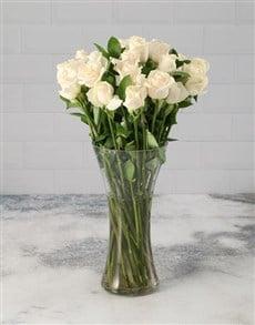 flowers: Cream Roses in a Vase!