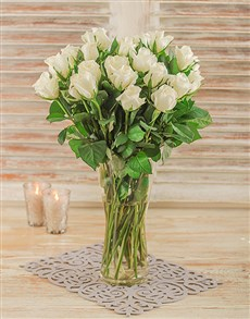 gifts: White Roses in a Glass Vase!