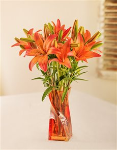 flowers: Orange Lilies in Twisty Orange Vase!