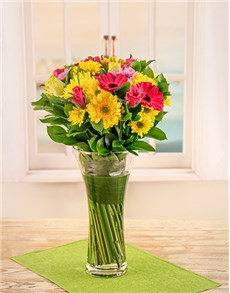 flowers: Gerbera and Roses in Glass Vase!