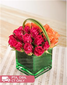 flowers: Pink and Orange Roses in a Green Square Vase!