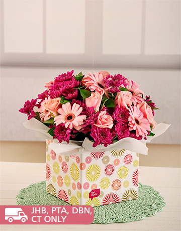flowers: Pink Gerberas, Roses and Sprays in Box!