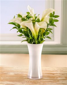 flowers: Timeless Elegance Arum Lily Arrangement!