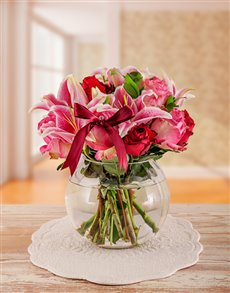 flowers: Edith Venter Stargazer Lily & Roses in a Fish Bowl!