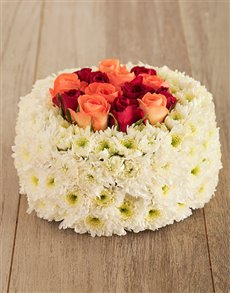 flowers: Everything Peachy Floral Cake!