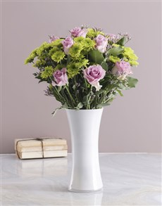 flowers: Pretty Light Purple Arrangement!