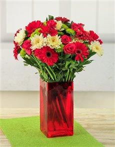 flowers: Red Rouge Flower Vase!