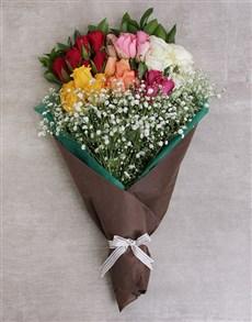 flowers: Rainbow Roses in Craft Paper!