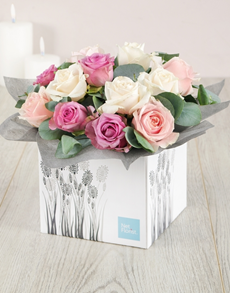 flowers: Pastel Rose Box!