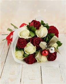 flowers: Christmas Rose Bouquet!