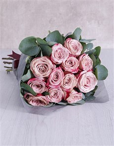 flowers: Variegated Roses and Gum Leaves Bouquet!