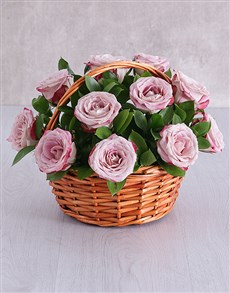 flowers: Variegated Rose Basket!