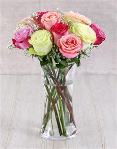 flowers: Mixed Ethiopian Roses in Glass Vase!