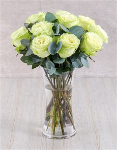 flowers: Cream Ethiopian Roses in Glass Vase!