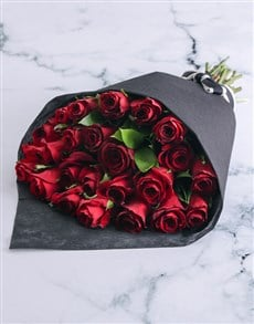 flowers: Seductive Red Roses!