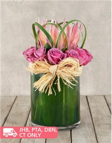 flowers: King Protea and Rose Vase!