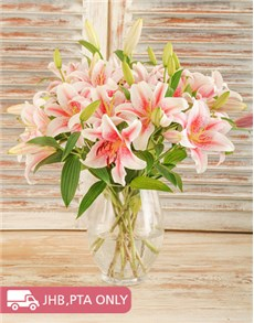 flowers: Glass vase of Stargazer Lilies!