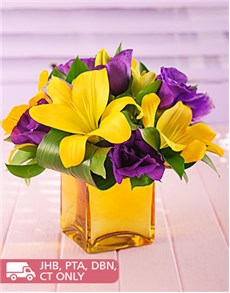 flowers: Yellow Lilies and Lisianthus in a Gold Vase!