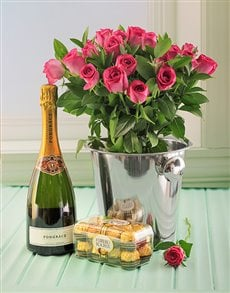 Picture of Pink Roses, Pongracz, Ice Bucket and Choc's!