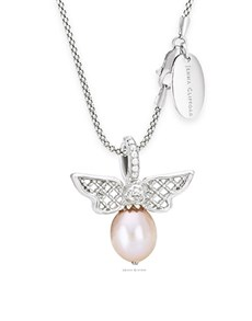 jewellery: Jenna Clifford Bee Pearl Pendant and chain !